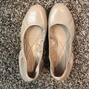 Cole Haan nude balet flats